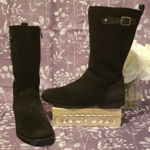 UGG BLACK LEATHER /SUEDE MID CALF BOOTS